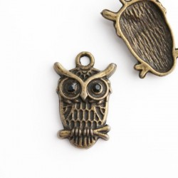Antique Bronze Tone Owl Charm