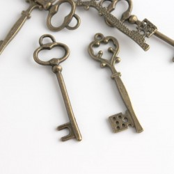 Bronze Tone Large Key Charms - Mixed Pack