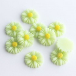 13mm Flower Cabochon - Light Green