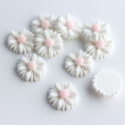 Flower Cabochon - White 13mm