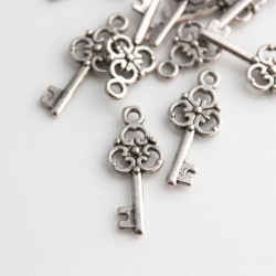Antique Silver Tone Key Charm - 23mm