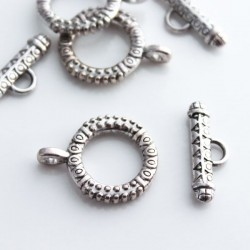 Antique Silver Tone 18mm Chunky Toggle Clasp