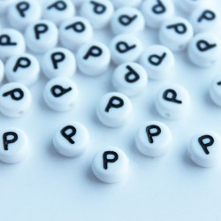 "7mm Acrylic Alphabet Beads - Letter ""P"""