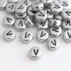 "7mm Silver Acrylic Alphabet Beads - Letter ""V"""
