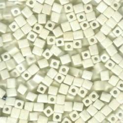 Miyuki Cube Beads 4mm - Metallic Cream