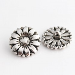 17mm Silver Tone Shank Buttons - Daisy