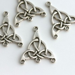 Celtic Knot 4 Hole Connectors