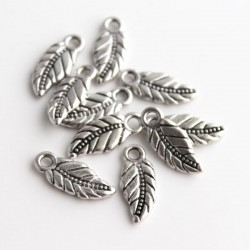 17mm Leaf Charm - Antique Silver Tone - Pack of 10