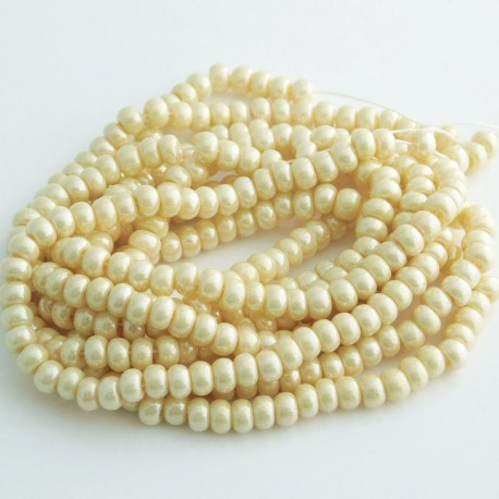 Czech Seed Beads Size 6/0 - Cream Eggshell
