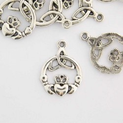 24mm Claddagh Charm - Antique Silver Tone - Pack of 4