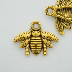 16mm Bee Charm - Antique Gold Tone - Pack of 1