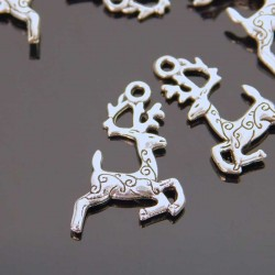 23mm Reindeer Charm - Antique Silver Tone - Pack of 6
