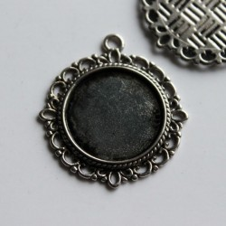 2 Round Antique Silver Tone Cabochon Settings