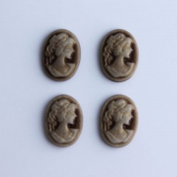 Pack of 4 Cabochon Cameos - Golden Brown